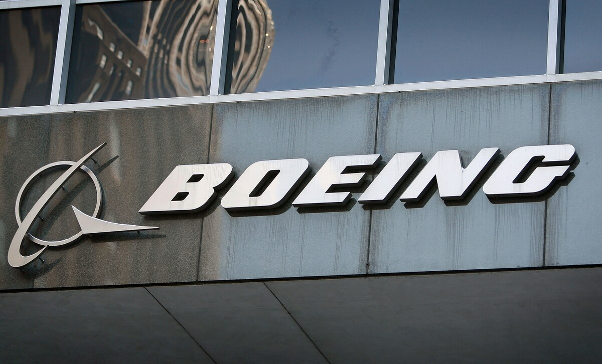 SD goes on trial with Boeing
